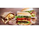 Dva pořádné hovězí burgery s hranolky | Slevomat