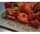 Ručně vyráběné čokolády s věnováním  | Slevomat