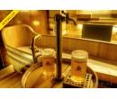 Pivní lázeň v pivní kádi pro 2 + menu pro 2 | esennce.cz