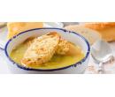 Cibulačka s portským a pečivo se sýrem Gruyère | Slevomat