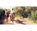 Jízda na koni po památkách Přírodního parku Džbán | Slevomat