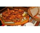 Fošna kuřecích řízečků s česnekovým dipem | Slevomat