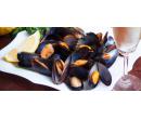 Kilo slávek na bílém vínu a 2 sklenky Prosecca | Slevomat