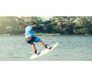 Parádní jízda po vodní hladině - wakeboarding   Slevomat