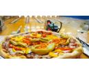 Hodina bowlingu a pizza dle vlastního výběru | Slevomat