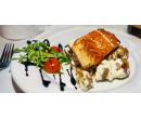 Tatarák z lososa nebo mušle, mořská ryba, tiramisu | Slevomat