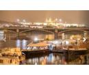 Večerní plavba po řece Vltavě s bohatou večeří | Stips.cz
