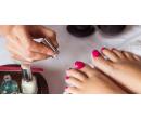 Modeláž nehtů na nohou flexi gelem | Slevomat
