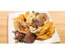 Grilovaný masový mix, salátek i domácí koláč | Slevomat