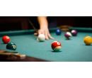 Hodina hry biliardu až pro 4 osoby | Slevomat