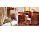 Vířivka, sauna i privátní koupel v kádi pro dva | Slevomat