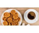 Káva a mini vafle nebo zdravější raw makronka | Slevomat