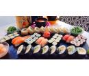 Sushi sety s rolkami maki, nigiri, krevetami | Slevomat
