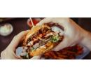 Burger s domácí bulkou a hovězím masem   Slevomat