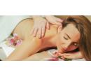 Hodinová relaxační masáž: záda, nohy a šíje | Slevomat