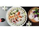 38 ks sushi s lososem, úhořem, tuňákem i avokádem | Slevomat