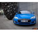 Jízda v elektromobilu Tesla S P85D | Adrop