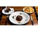 200g steak z pravé hovězí svíčkové s omáčkou  | Slevomat