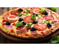 Dvě pizzy z kamenné pece, lívance i káva Templář | Slevomat