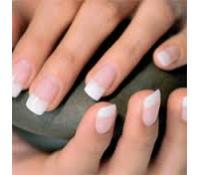 Nové gelové nehty včetně zdobení kamínky    Hyperslevy